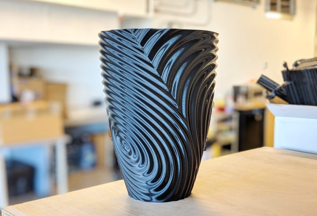 3d printed vase with twisted ripple effect shape